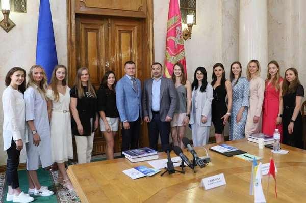 Сборная Украины по настольному теннису Гапонова Анна